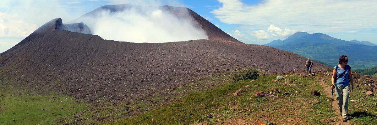 NICARAGUA-EL SALVADOR-HONDURAS Utazás a vulkánok földjén